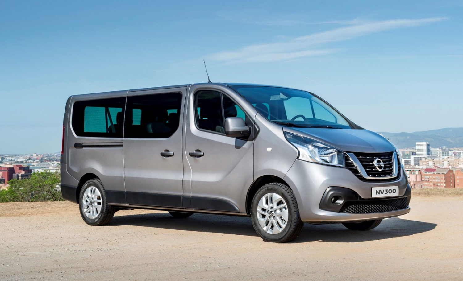 Nissan NV300 diseño exterior lateral