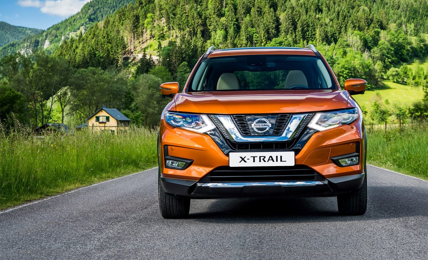 Nissan X-Trail design exterior frontal