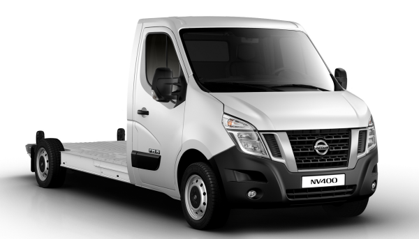 Nissan NV400 - 3/4 front view