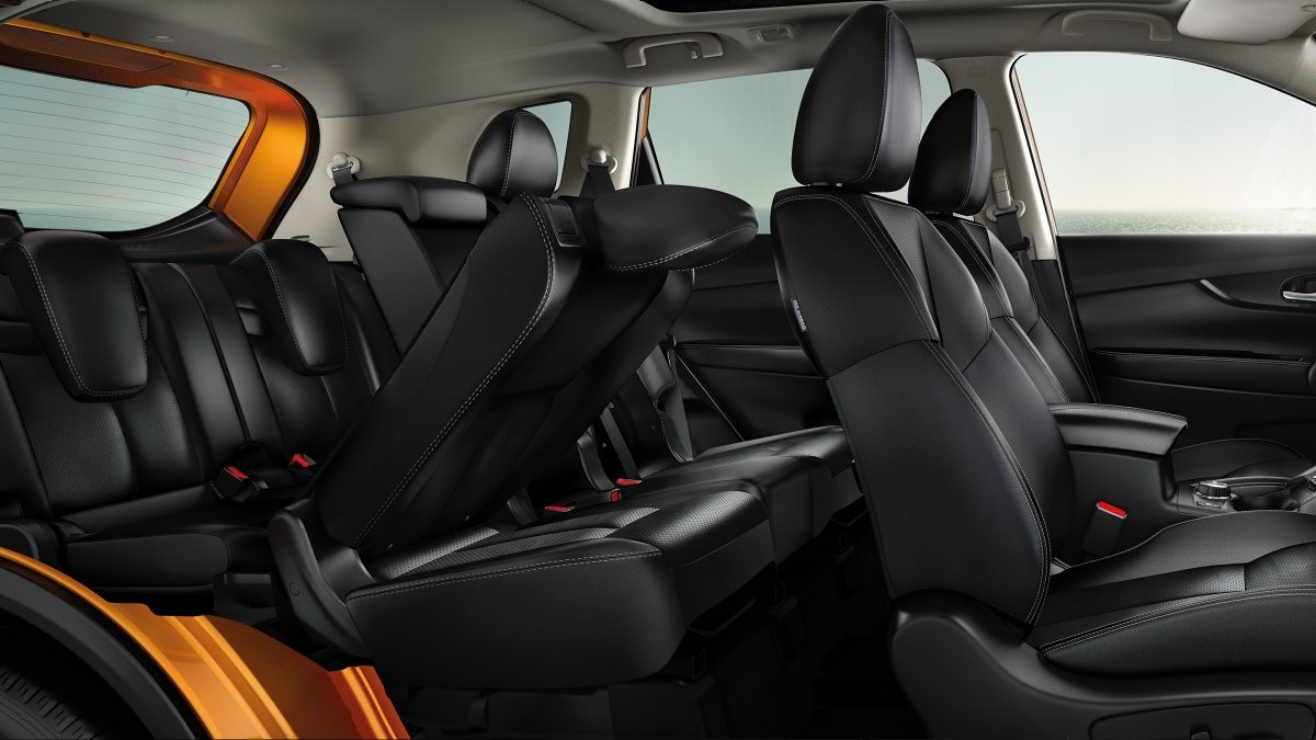 Nissan X-Trail Large interior profile with 7-seater