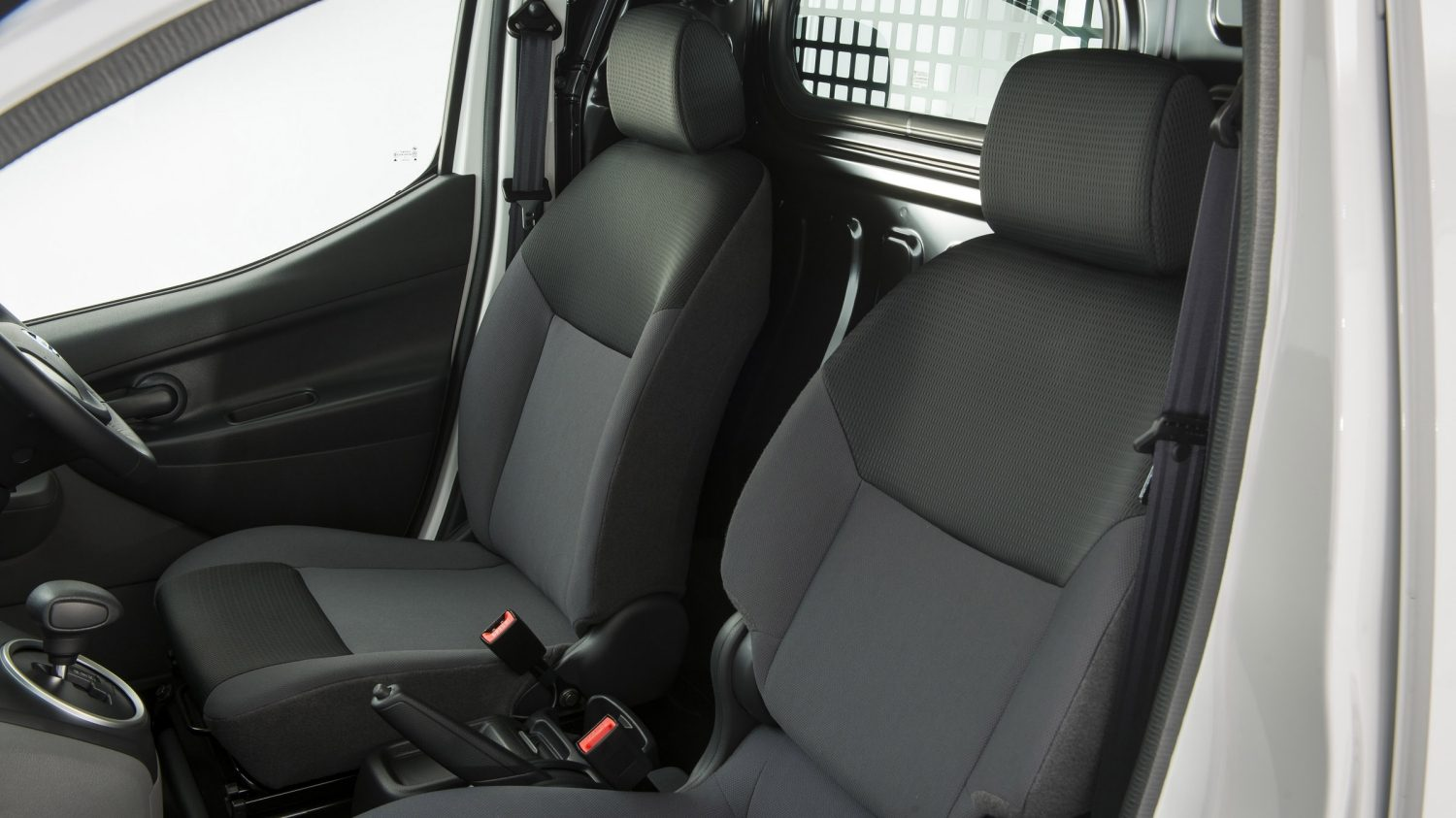 Van | Nissan e-NV200 | Heated seats