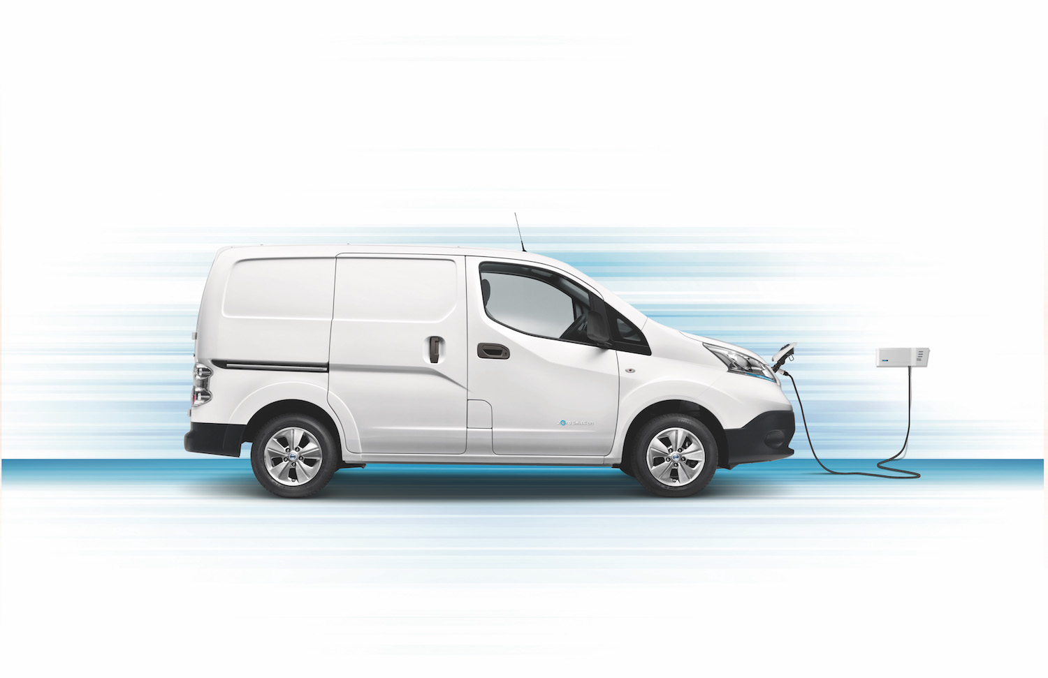 New Nissan e-NV200 profile