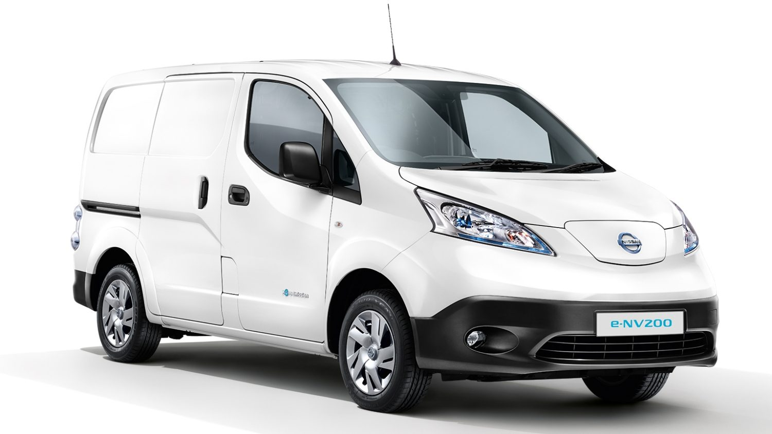 Nissan e-NV200 Acenta - 3/4 front view