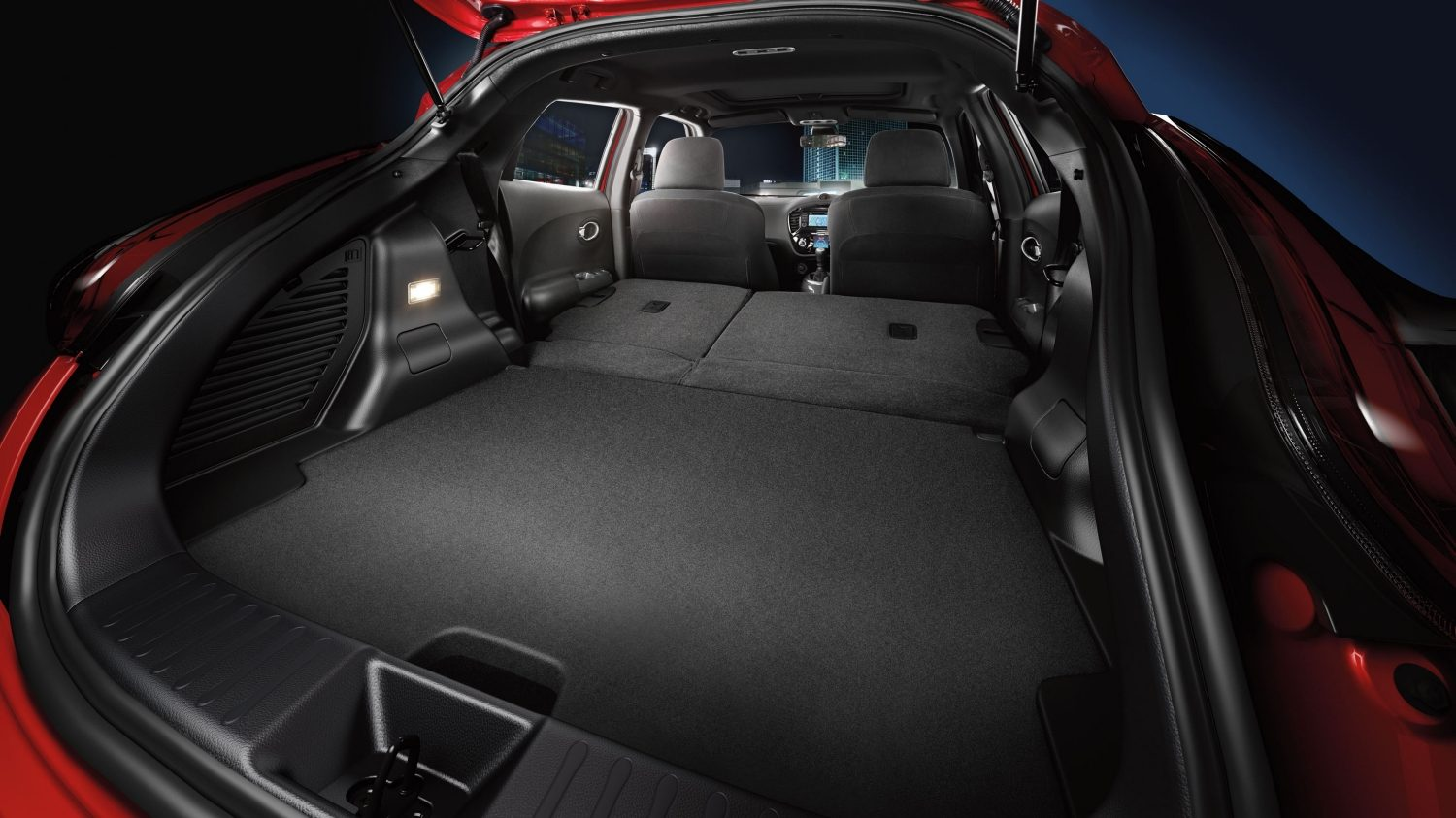 Compact & mini SUV features - Small SUV storage space | Nissan Juke