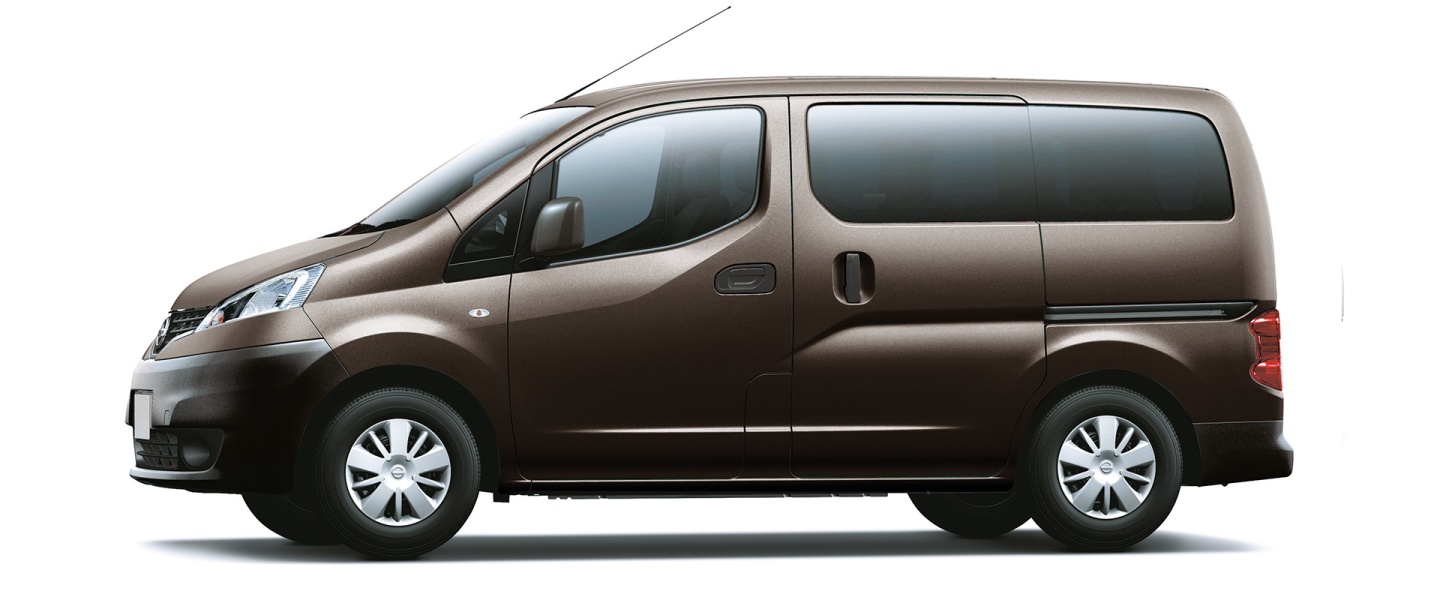 hd review exterior l van video nissan sl alex of view nv courtesy picture dykes passenger