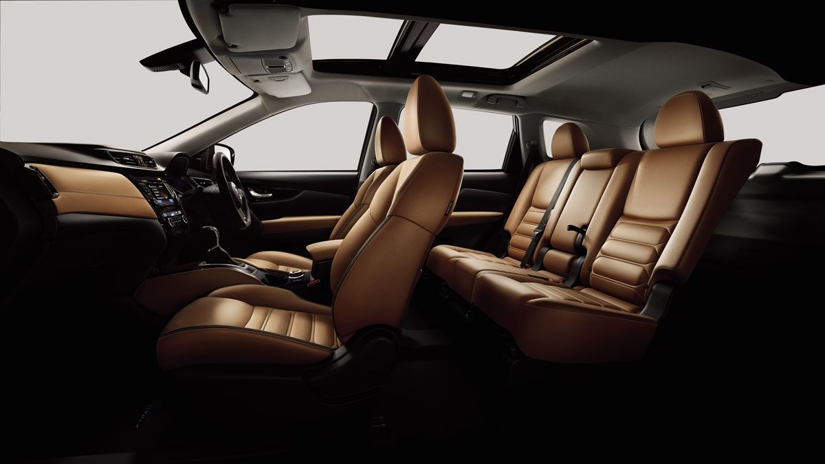 X-Trail large interior profile - tan leather wih special quilting