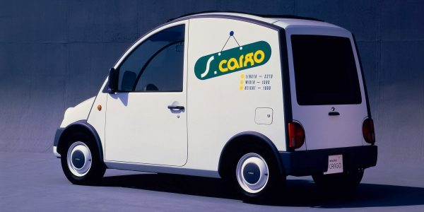 Exterior view of the Nissan S-Cargo delivery van