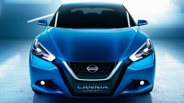 Experience Nissan - Concept car - Lannia - front view