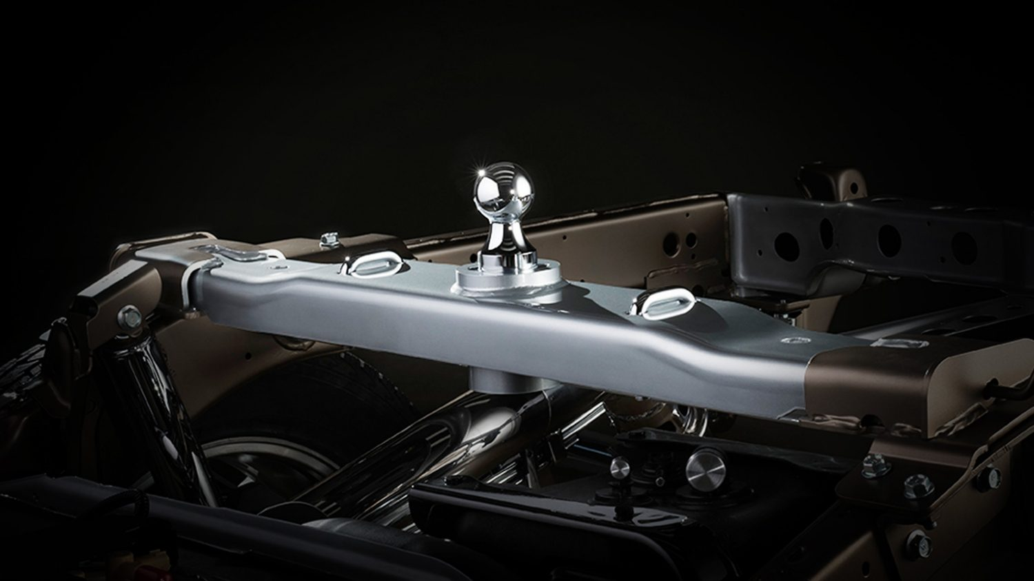 Nissan Titan XD integrated gooseneck hitch detail.
