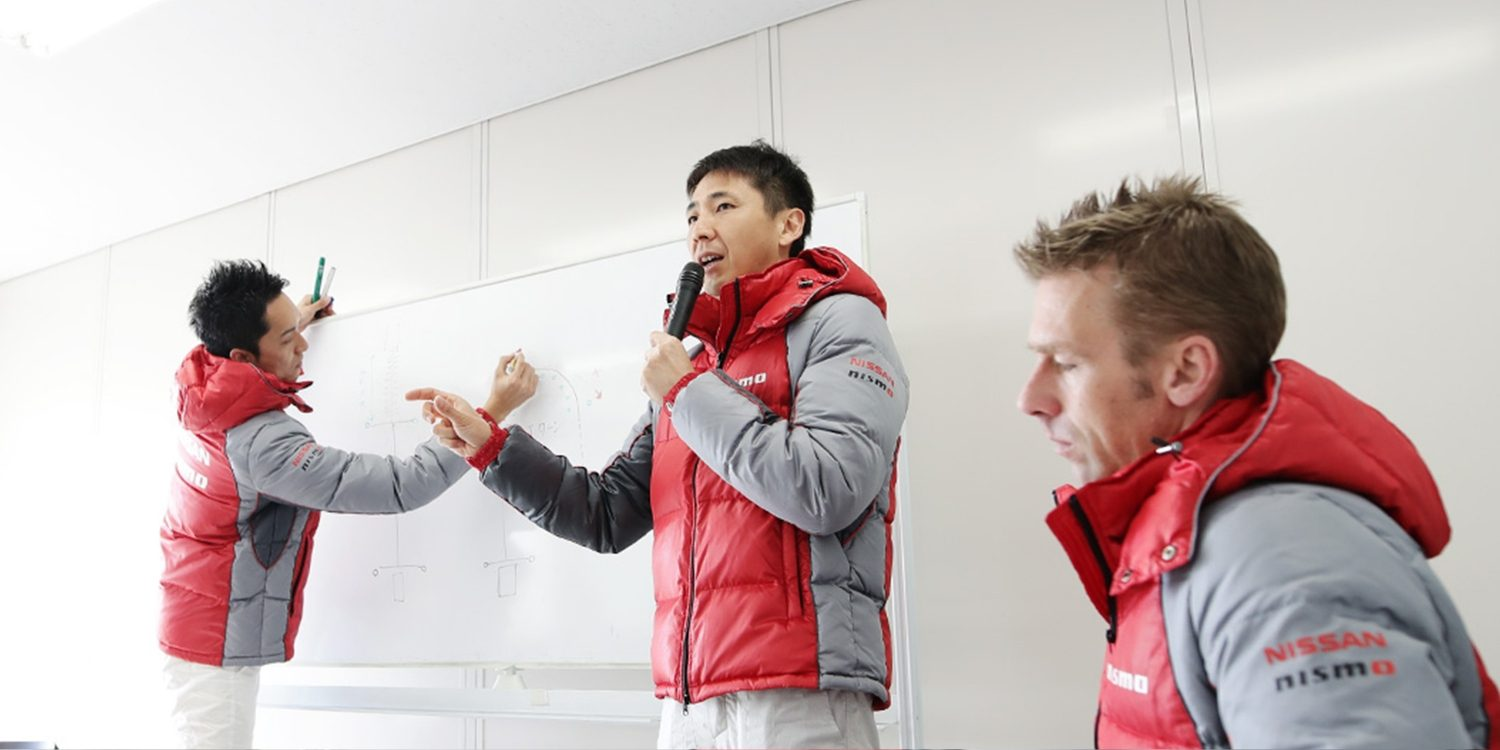 Instructeurs de la Nismo Driving Academy