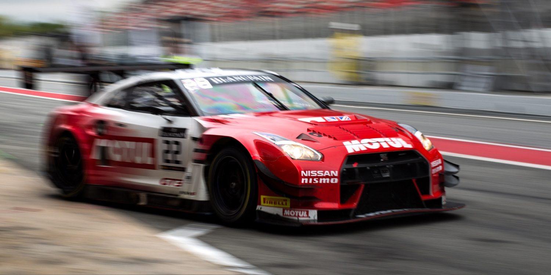 NISSAN GT-R NISMO GT3 beim Boxenstopp beim 24-Stunden-Rennen von Le Mans
