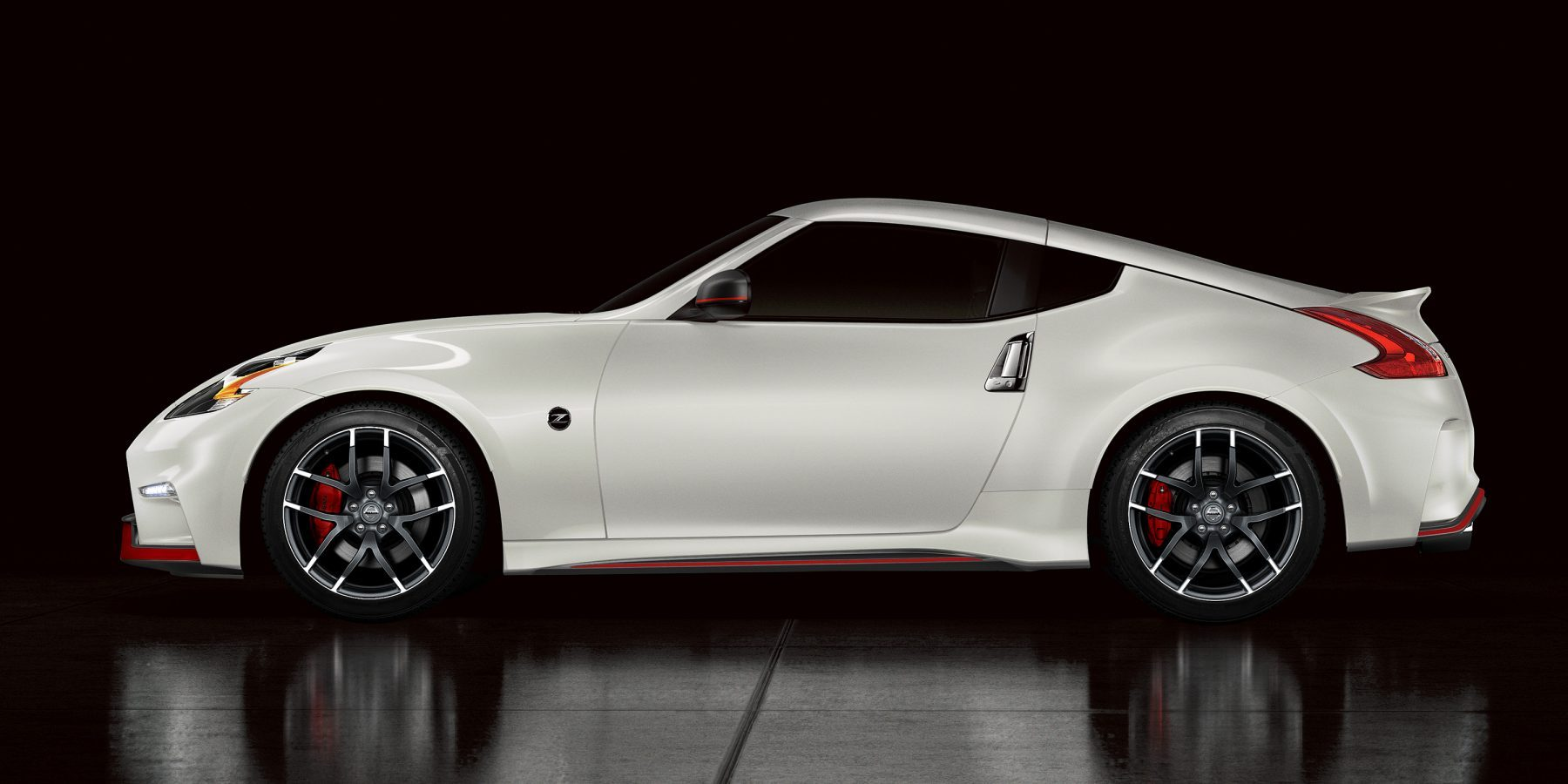 Nissan 370Z Nismo profile on glossy black surface