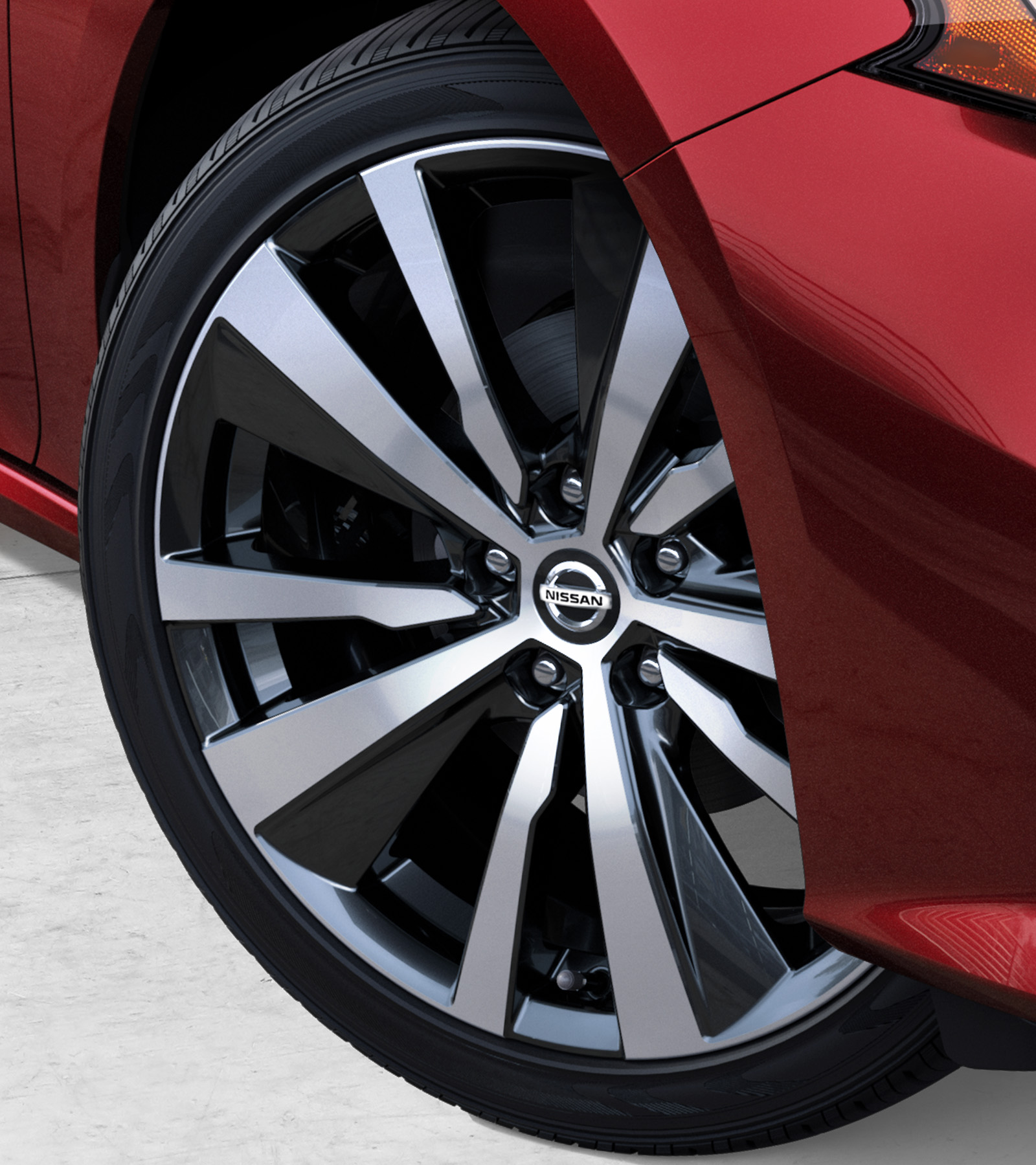 nissan Altima exterior wheels