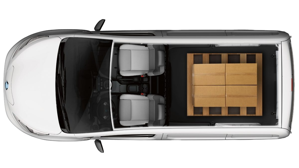 Nissan e-NV200 - Overhead showing cargo capacity