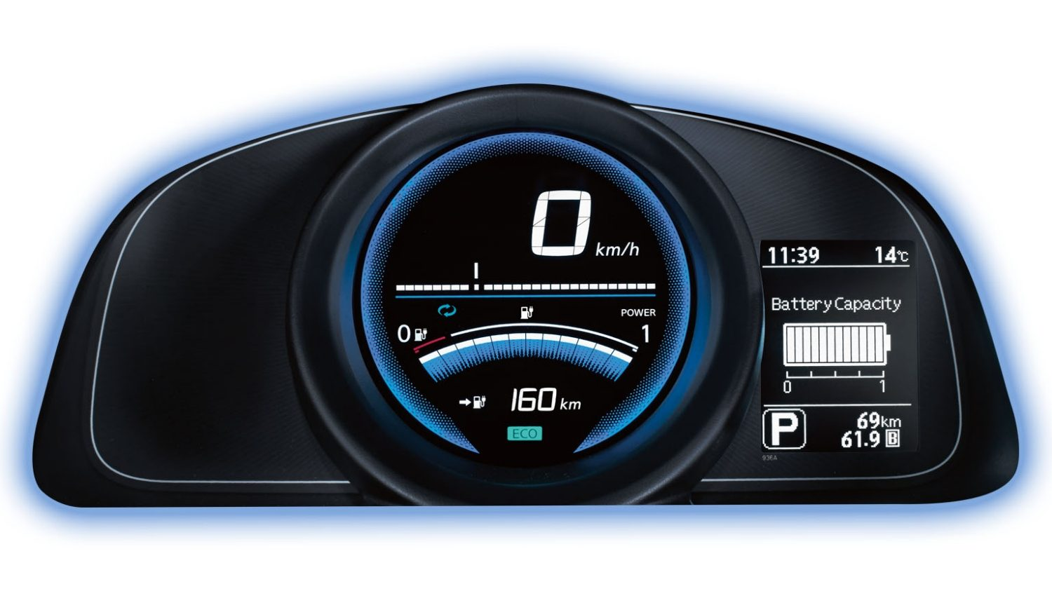Nissan e-NV200 - Closeup of dahsboard display