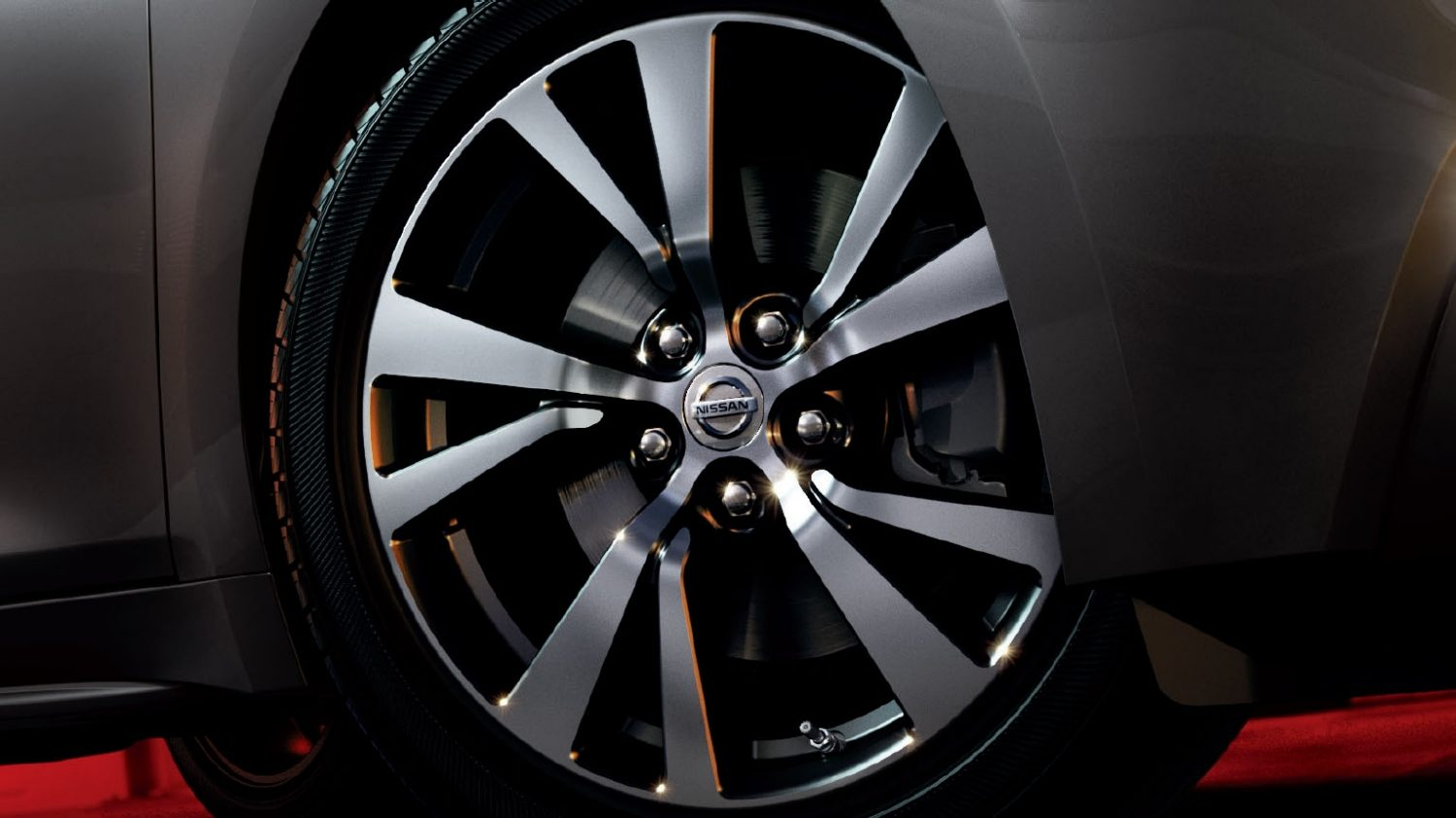"18"" Aluminium-alloy Wheels"