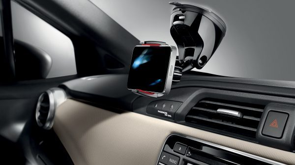 Nissan Micra Smartphone Holder Suction Mount