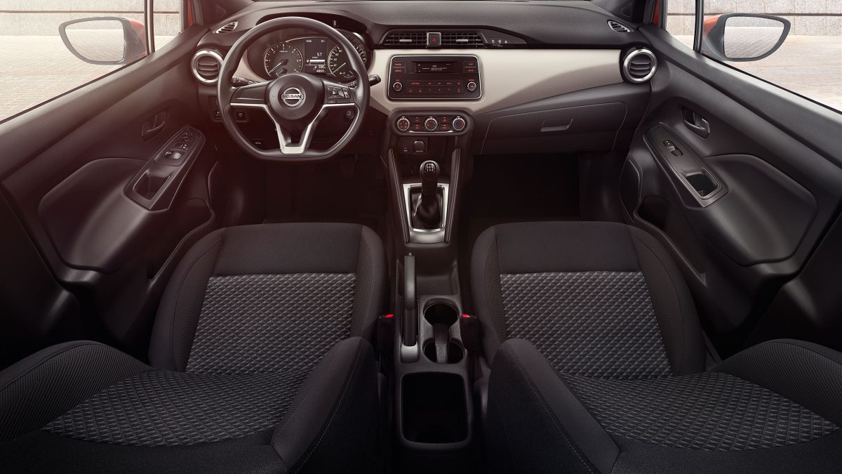 https://www-europe.nissan-cdn.net/content/dam/Nissan/global/vehicles/micra_march/k14/0_all_new/design/18tdieulhd-micrahelios-214.jpg.ximg.l_12_m.smart.jpg