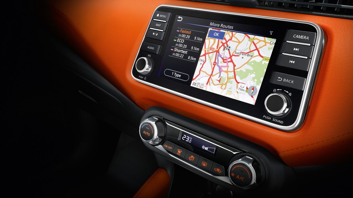 Nissan Micra 7-inch touchscreen display
