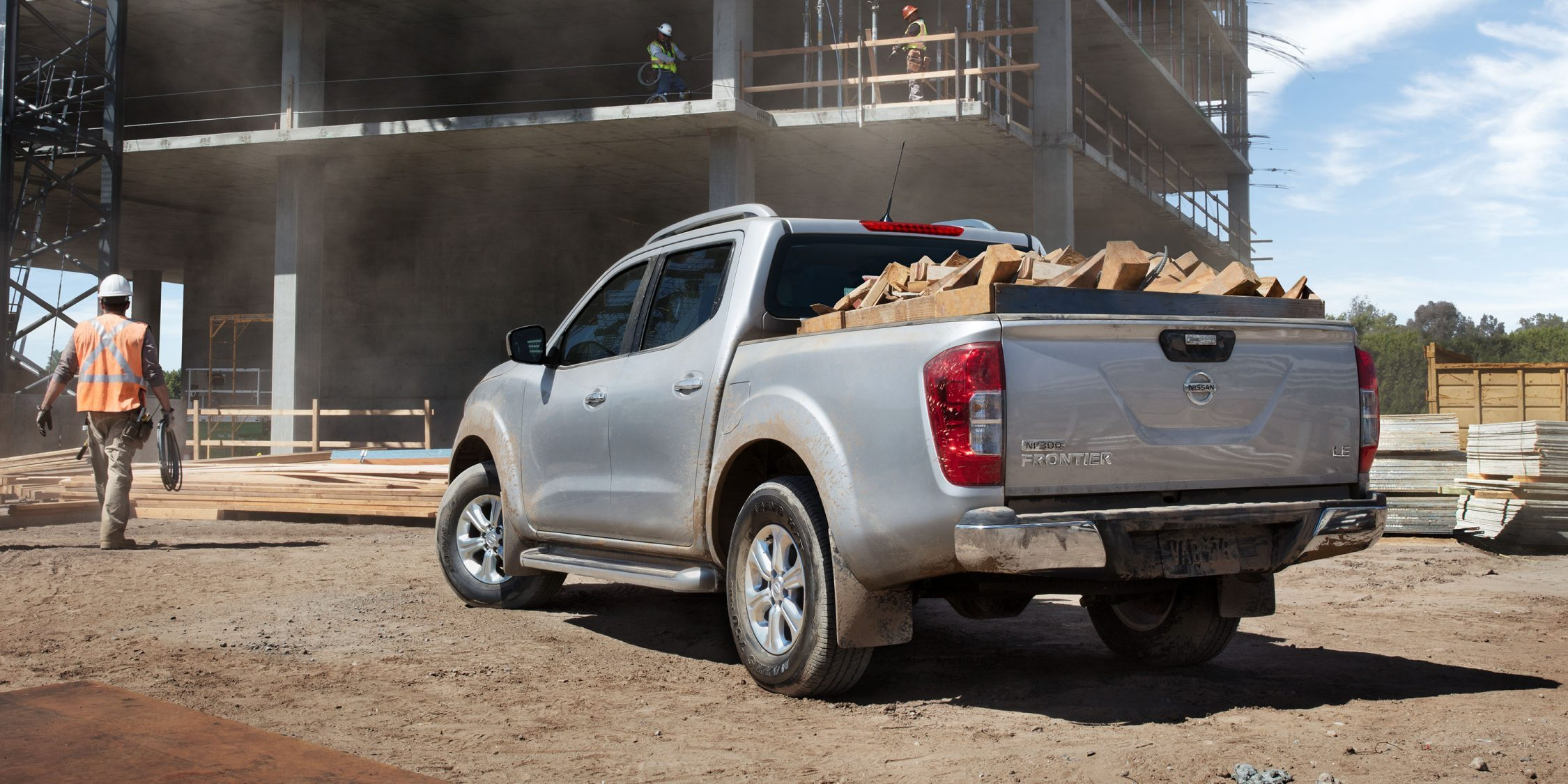 Nissan Navara bed filled with cargo
