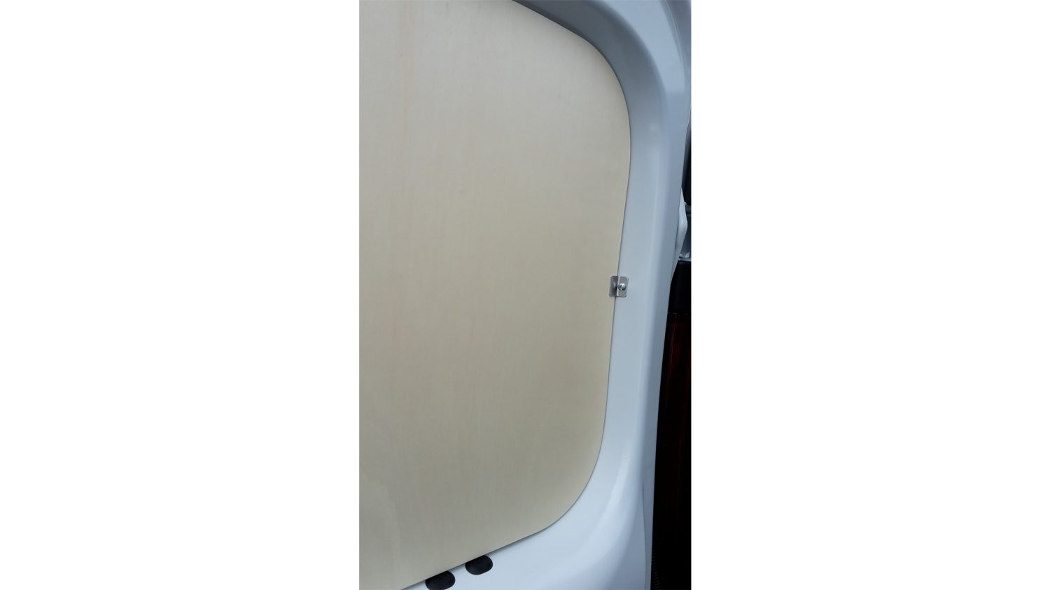NV300 CONVERSIONS - REAR DOOR PANEL