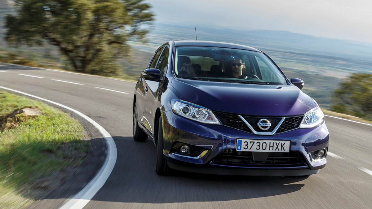 Nissan Pulsar hatchback - Front Action Shot on Curved road