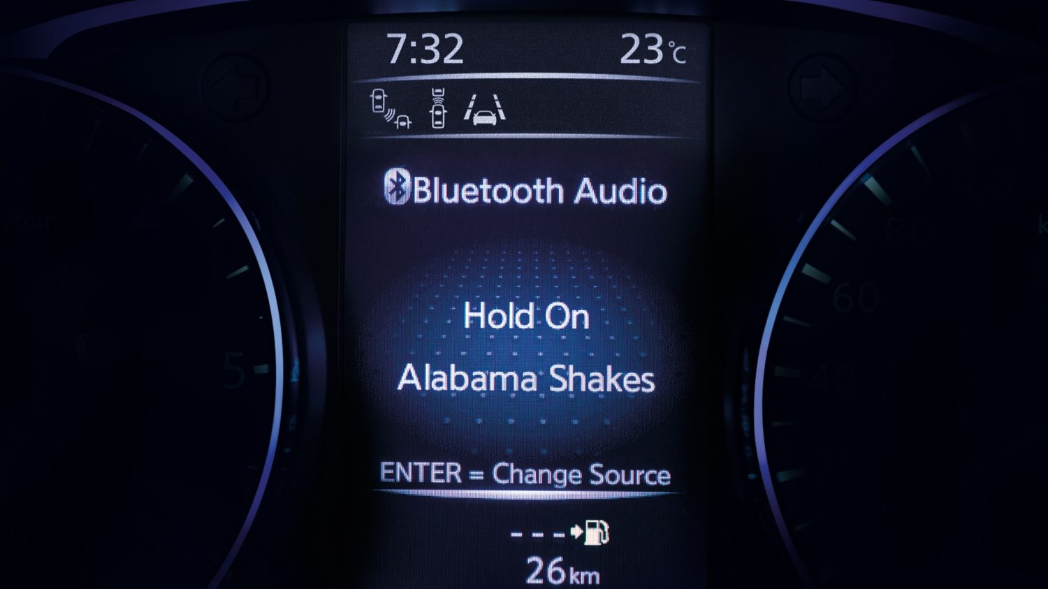 Qashqai TFT screen Bluetooth audio