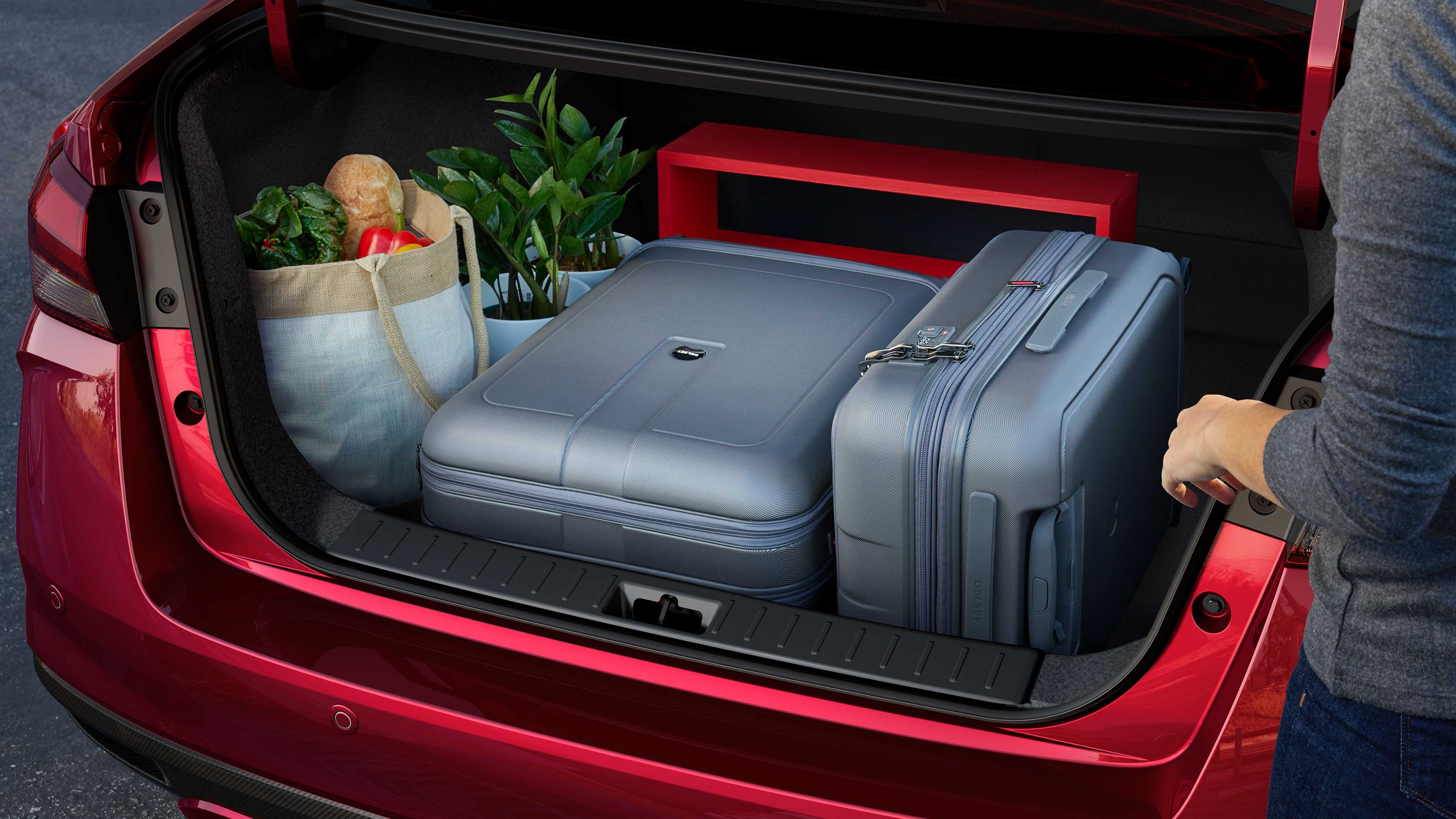 2020 Nissan SUNNY trunk space