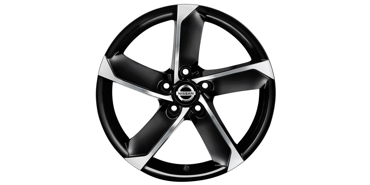"X-Trail 18"" alloy wheel HIMALAYA diamond cut metallic black"