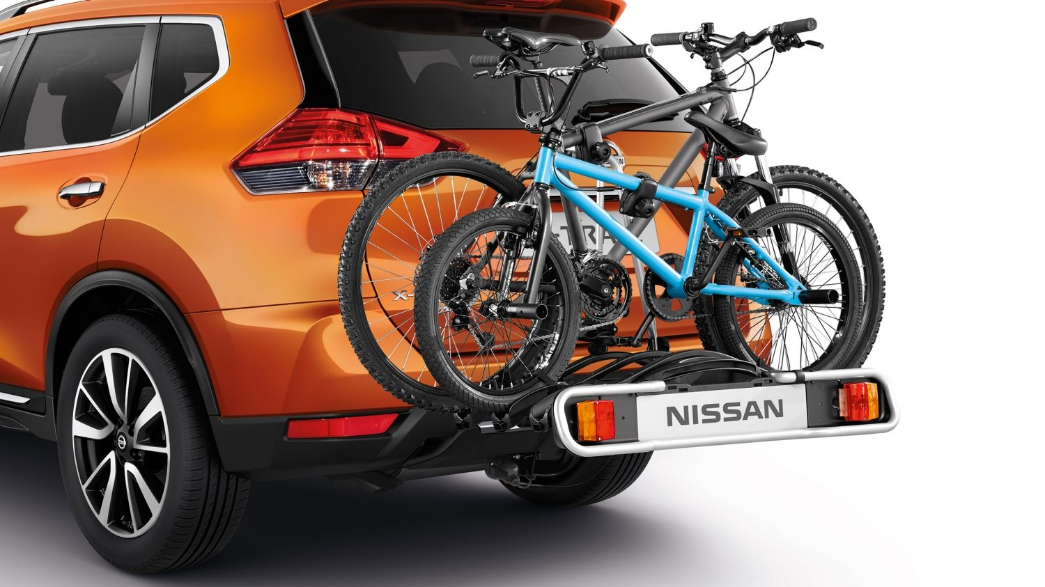 X-Trail bike carrier towbar mounted foldable