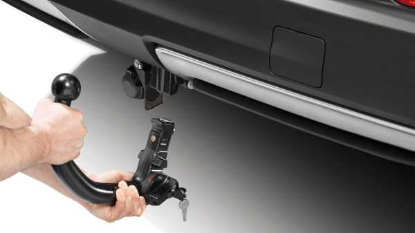 X-Trail removable towbar