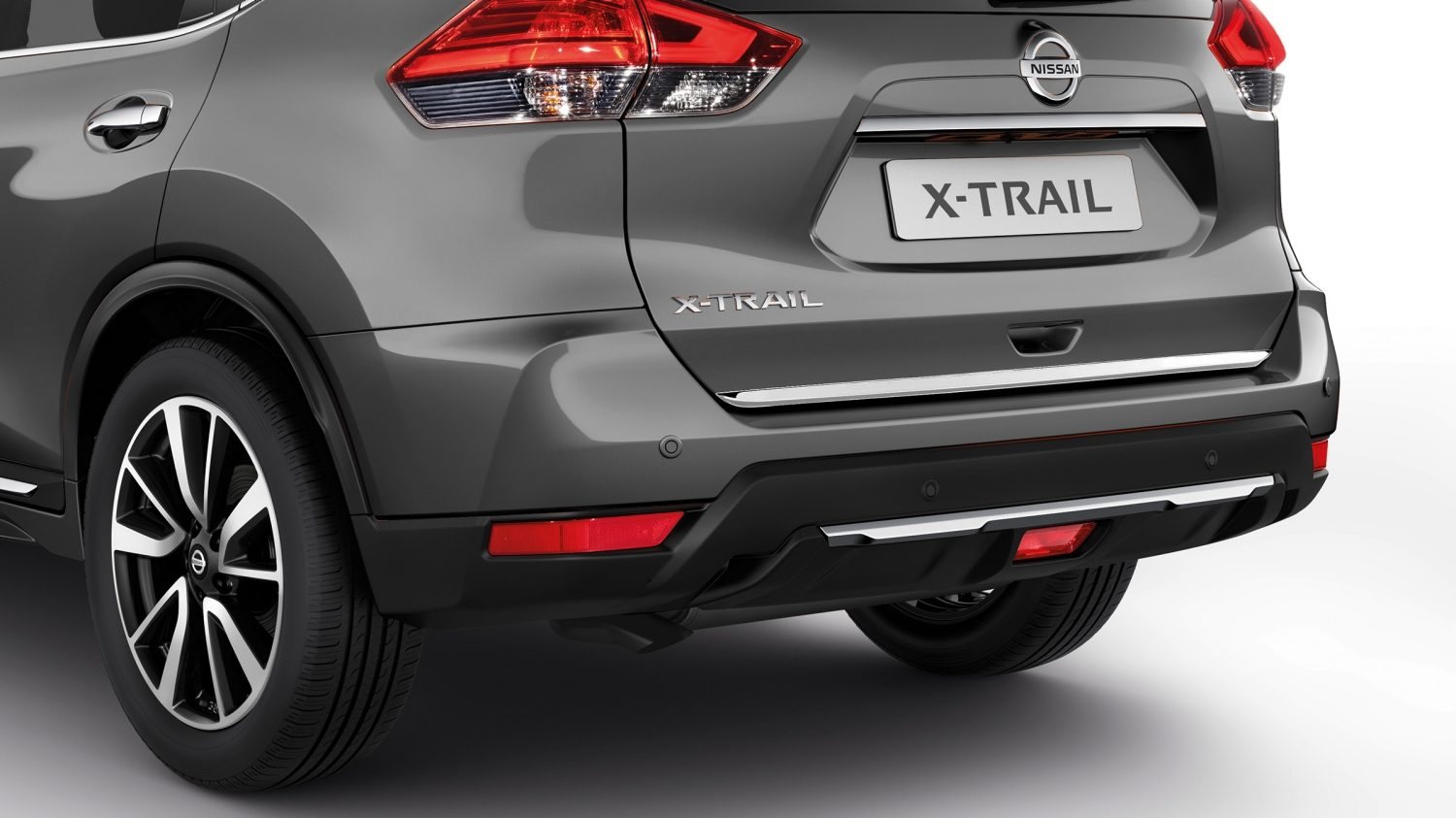 Baguette de coffre en chrome du Nissan X-TRAIL