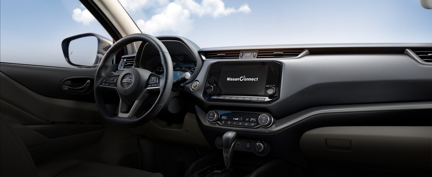 2021 Nissan X-Terra dash showcasing NissanConnect technology