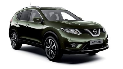 Nissan X-TRAIL 3/4 front packshot green