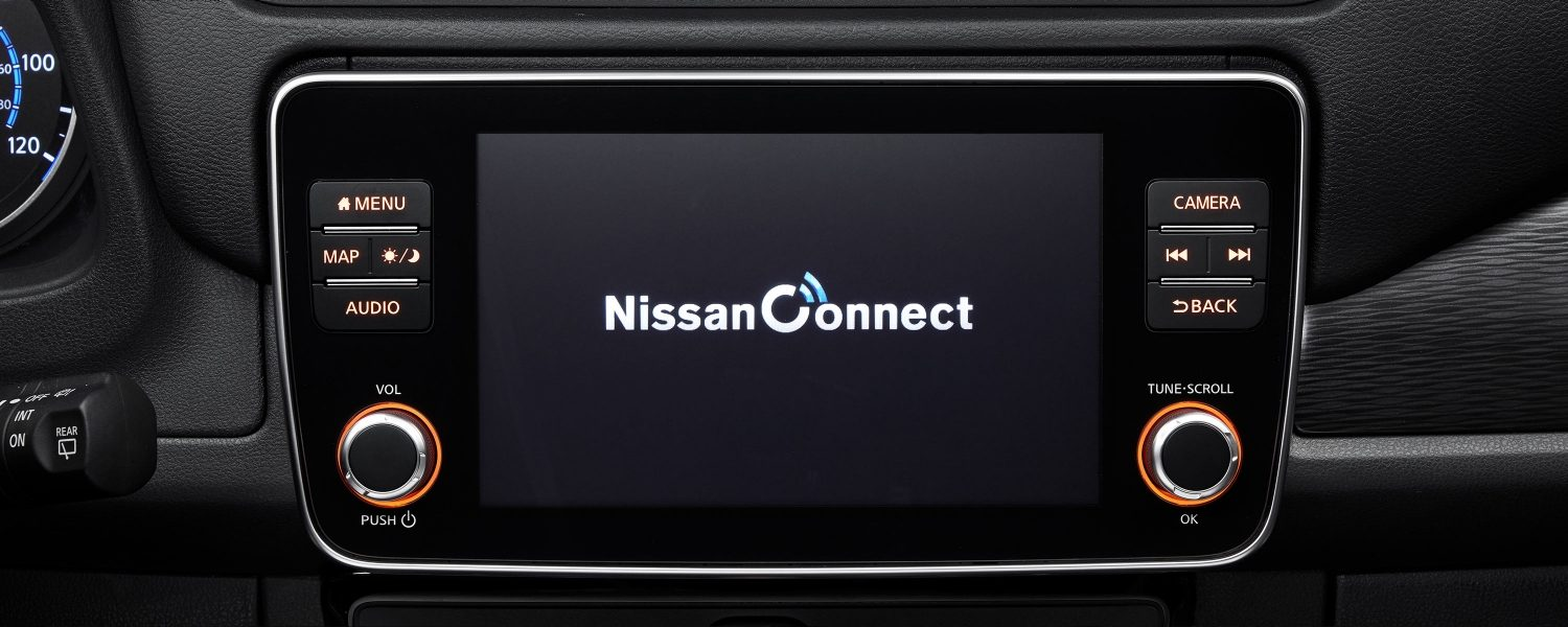 "NissanConnect 8""-Display"