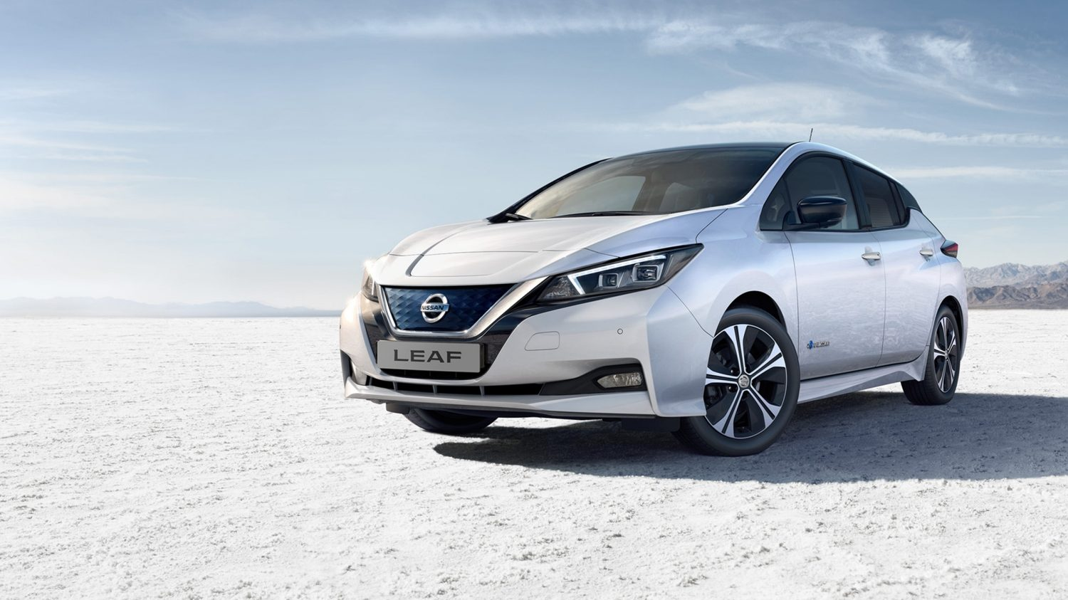 Nissan LEAF | Electric car in use