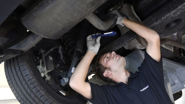 Nissan - Maintenance - Breakdown repair