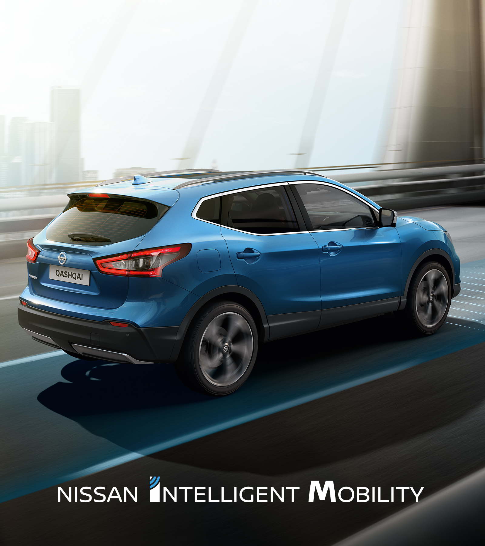 Nissan Qashqai driving in the city with Nissan Intelligent Mobility logo