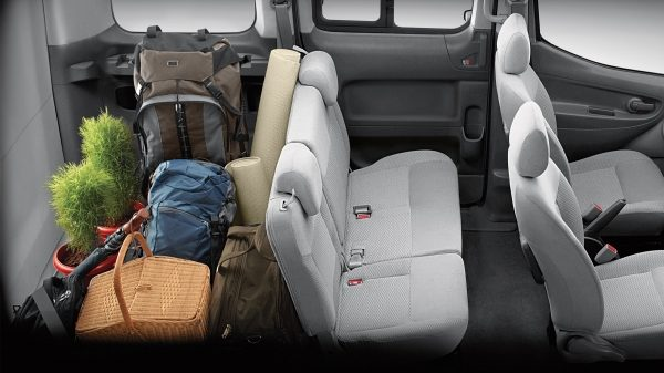 New Nissan e-NV200 Evalia detail shots of the second seating row and the cargo space