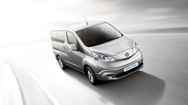 New Nissan e-NV200 Evalia driving shot 3/4 front high