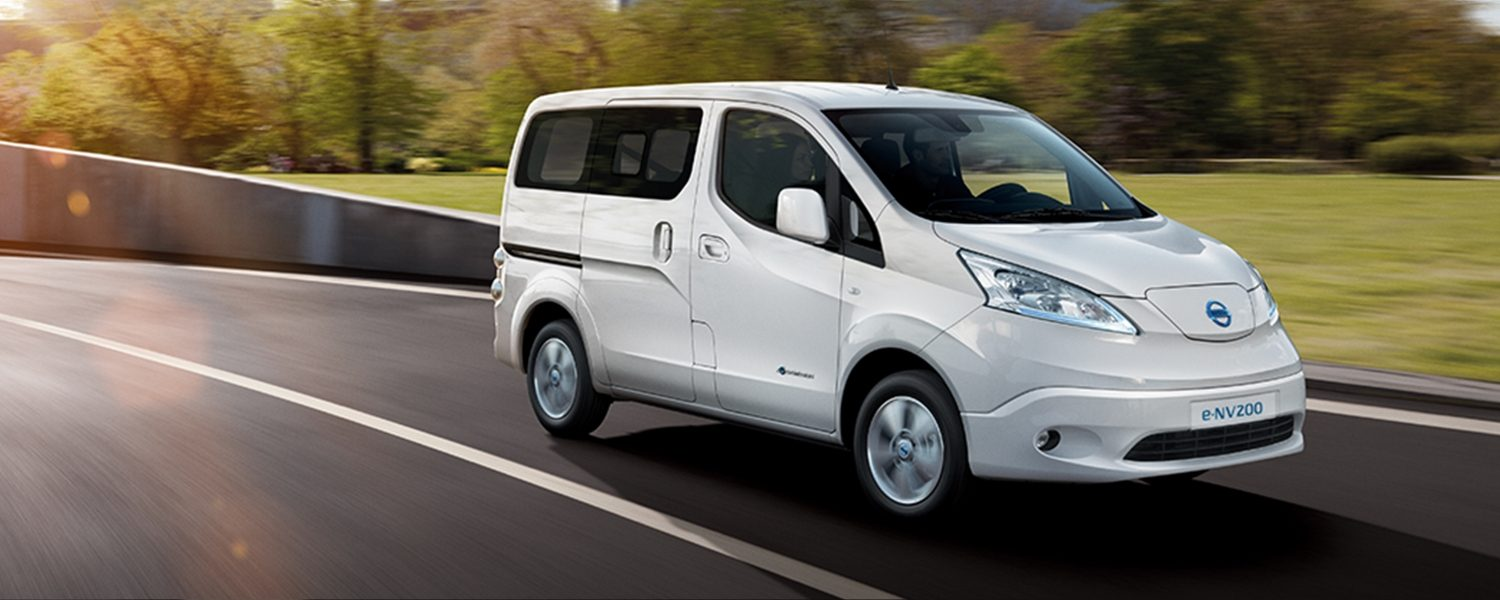 New Nissan e-NV200 Evalia driving in city