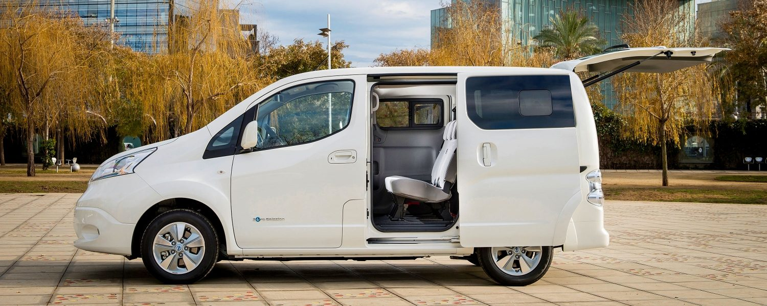 New Nissan e-NV200 Evalia profile with doors open