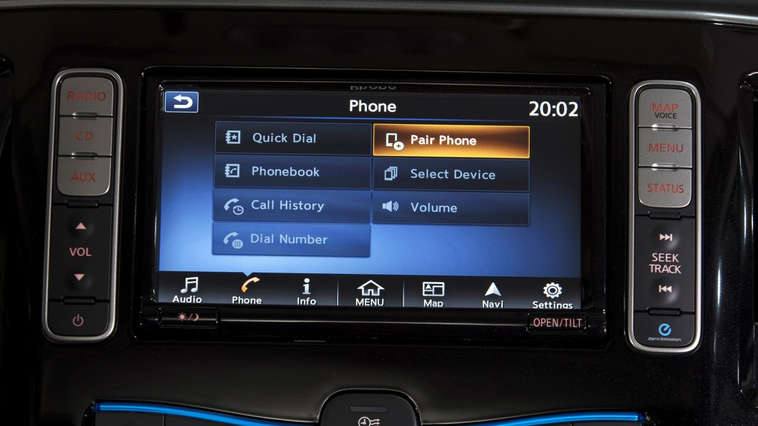 New Nissan e-NV200 nissanconnect screen of phone integration