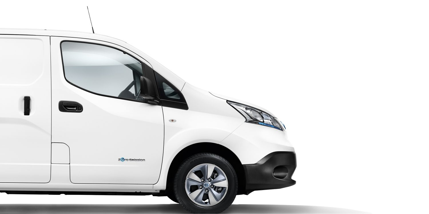New Nissan e-NV200 profile with view on the front part of the car