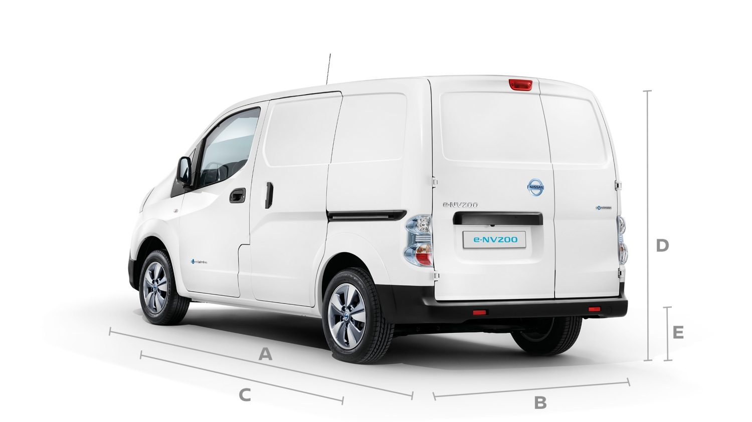 New Nissan e-NV200 3/4 rear with lines to show dimensions
