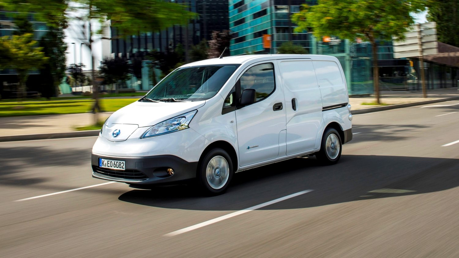 New Nissan e-NV200 driving shot in city