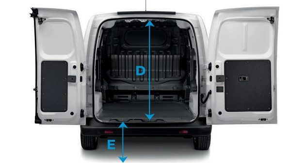 New Nissan e-NV200 rear view with rear doors open and lines to show dimensions