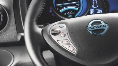 Nissan e-NV200 XL interior view of steering wheel