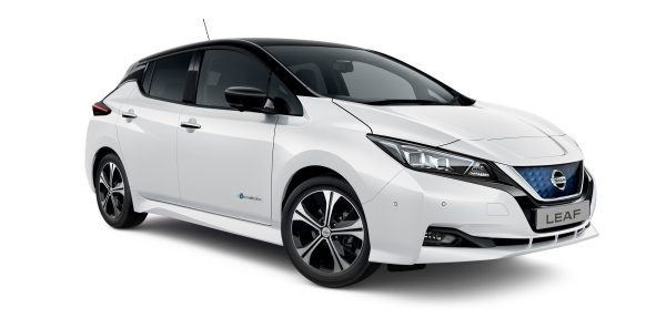 Nissan LEAF 3/4 front two-tone white and black