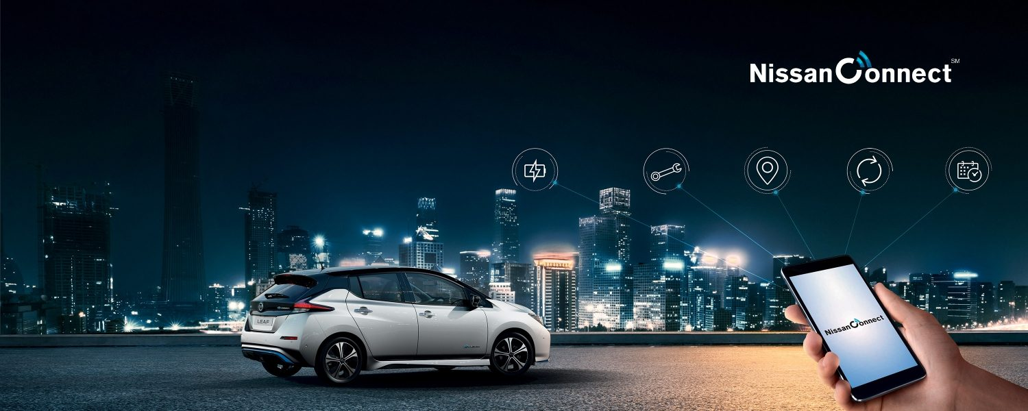 Nissan LEAF with NissanConnect smartphone screen